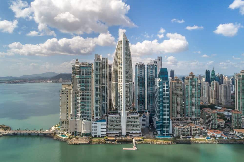 Hotel The Bahia Grand Panamá en Banca News